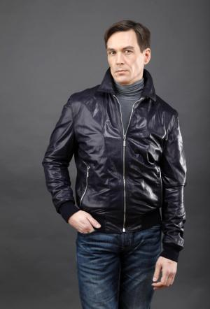 Короткая мужская кожаная куртка  синего цвета AFG. Цвет: синий