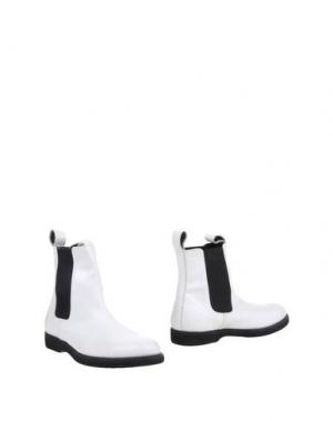 Полусапоги и высокие ботинки COMME des GARÇONS. Цвет: белый