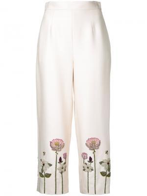 Укороченные брюки с цветочной вышивкой Vilshenko. Цвет: белый