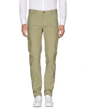 Повседневные брюки COCHRANE. Цвет: светло-зеленый