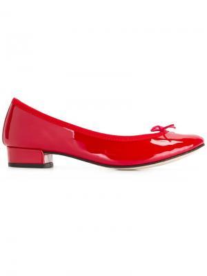 Lace pumps Repetto. Цвет: красный