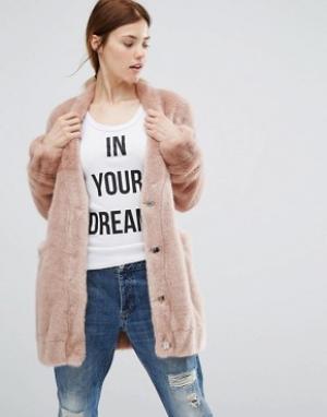 Urbancode Длинная меховая куртка-пилот с карманами. Цвет: розовый
