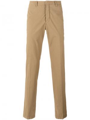 Классические брюки чинос The Gigi. Цвет: коричневый
