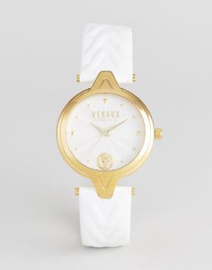Versus Versace Часы с белым кожаным ремешком SCI21 V. Цвет: белый