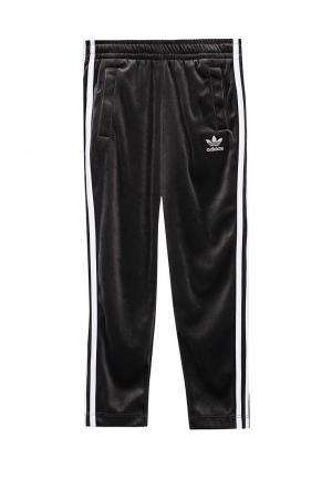Брюки спортивные adidas Originals. Цвет: серый