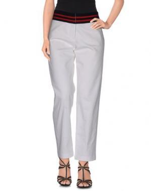 Джинсовые брюки HARVEY FAIRCLOTH. Цвет: белый