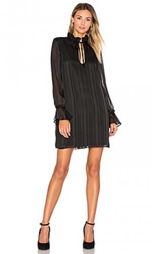Платье с рюшами на рукавах the 70s LAcademie L'Academie. Цвет: черный