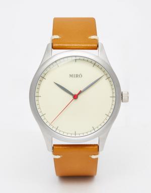Miro Часы со светло-коричневым кожаным ремешком. Цвет: рыжий