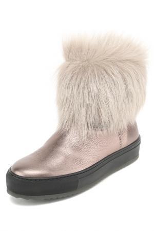 Ботинки с мехом Pertini. Цвет: золотой