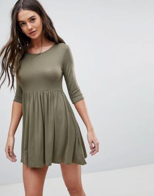 Lasula Свободное платье-футболка. Цвет: зеленый