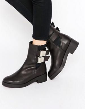 Miista Ботинки с пряжками Jodi. Цвет: черный