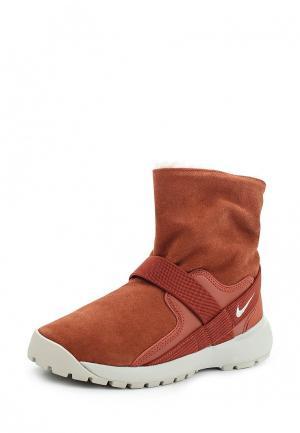 Полусапоги Nike. Цвет: коричневый