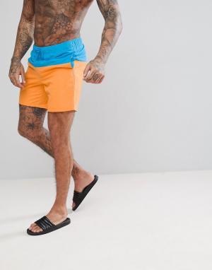 ASOS Сине-оранжевые шорты для плавания средней длины. Цвет: синий