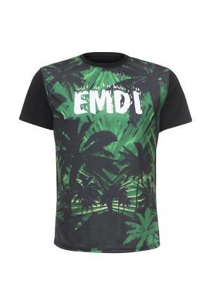Футболка Emdi. Цвет: черный