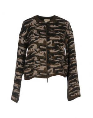 Куртка DEVOTION. Цвет: зеленый-милитари
