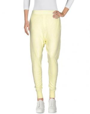 Повседневные брюки EMPATHIE. Цвет: желтый