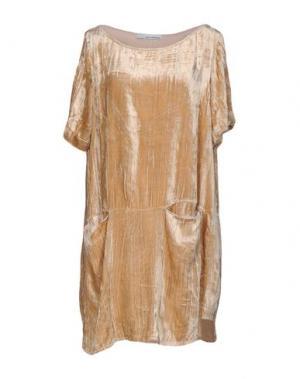 Короткое платье CHILI PEPPERS. Цвет: бежевый