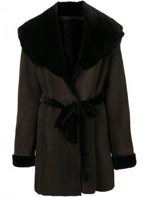 Пальто с большим воротником Liska. Цвет: коричневый