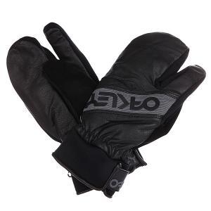 Варежки сноубордические  Factory Winter Trigger Mitt Black Oakley. Цвет: черный