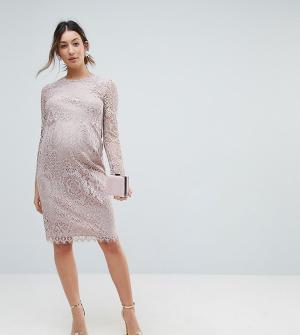 ASOS Maternity Кружевное платье-футляр миди с длинными рукавами. Цвет: розовый