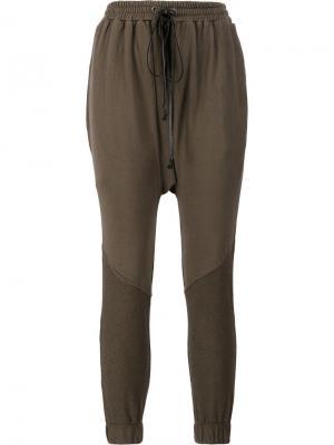 Спортивные брюки с заниженным шаговым швом Daniel Patrick. Цвет: зелёный