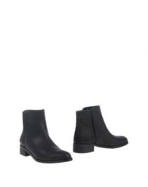 Полусапоги и высокие ботинки EYE. Цвет: черный