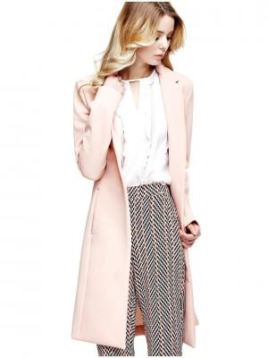 Пальто GUESS. Цвет: бледно-розовый