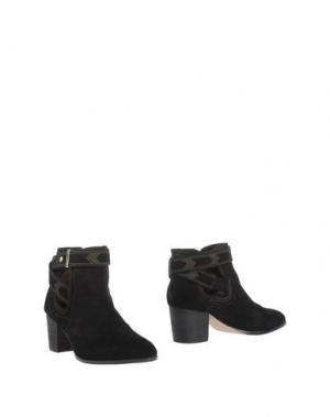 Полусапоги и высокие ботинки CYNTHIA VINCENT. Цвет: черный