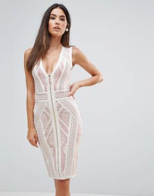 Forever Unique Кружевное облегающее платье с контрастной подкладкой. Цвет: кремовый
