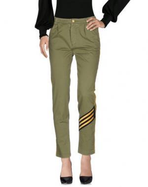 Повседневные брюки HISTORY. Цвет: зеленый-милитари