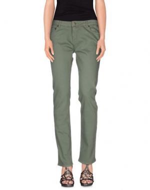 Джинсовые брюки LAURENCE DOLIGÉ. Цвет: зеленый-милитари