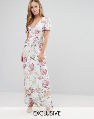 Hope and Ivy Платье макси с винтажным цветочным принтом. Цвет: мульти