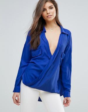 Forever Unique Блузка с запахом. Цвет: синий