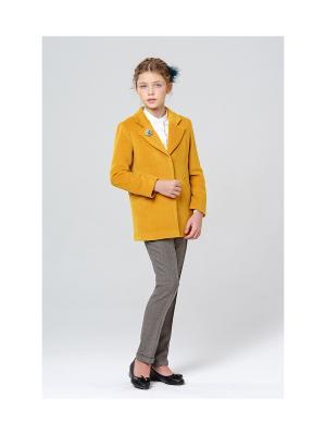 Укороченное пальто MORU. Цвет: горчичный