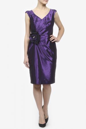 Атласное платье с брошью Kate Cooper. Цвет: фиолетовый