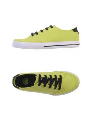 Низкие кеды и кроссовки C1RCA. Цвет: кислотно-зеленый