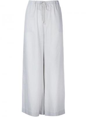 Широкие брюки Astraet. Цвет: серый