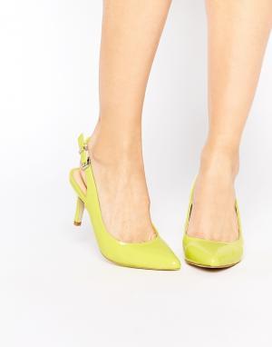 Ravel Туфли на каблуке с острым носком. Цвет: зеленый