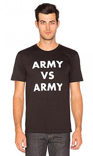 Футболка army vs Undefeated. Цвет: black & white