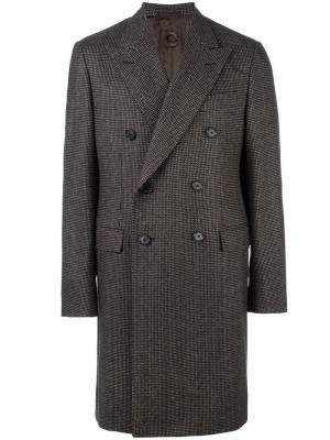 Двубортное пальто Caruso. Цвет: коричневый