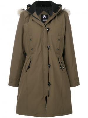 Длинное пальто с капюшоном Canada Goose. Цвет: зелёный