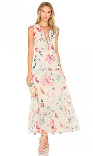 Платье nara BB Dakota. Цвет: белый
