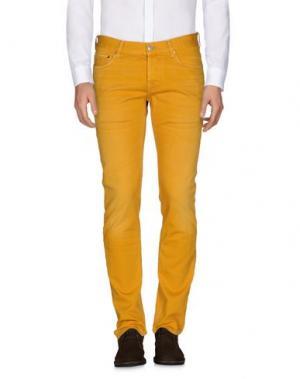 Джинсовые брюки CARE LABEL. Цвет: охра