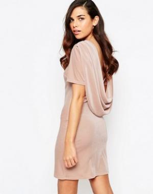 Lashes of London Бархатное платье с воротом-хомутиком сзади Ellie. Цвет: розовый