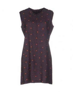 Короткое платье LAURA URBINATI. Цвет: баклажанный