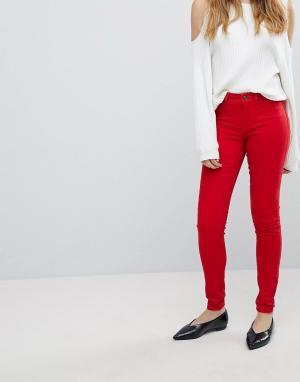 JDY Зауженные джинсы. Цвет: красный