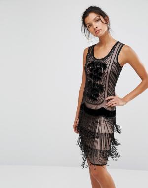 Frock and Frill Платье-чарльстон с отделкой. Цвет: черный
