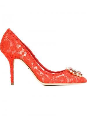 Туфли с кружевной отделкой Dolce & Gabbana. Цвет: красный