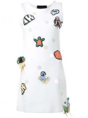 Мини-платье без рукавов с заплатками Michaela Buerger. Цвет: белый