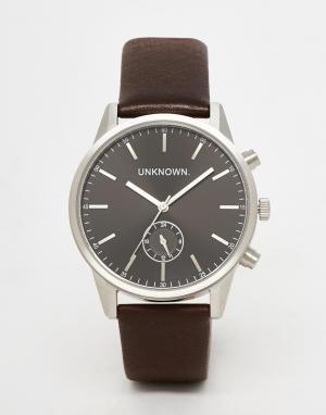 UNKNOWN Часы с коричневым кожаным ремешком. Цвет: коричневый